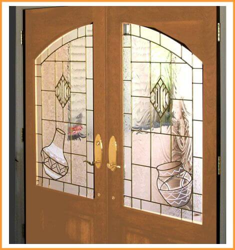 Beveled entryway with SW pottery