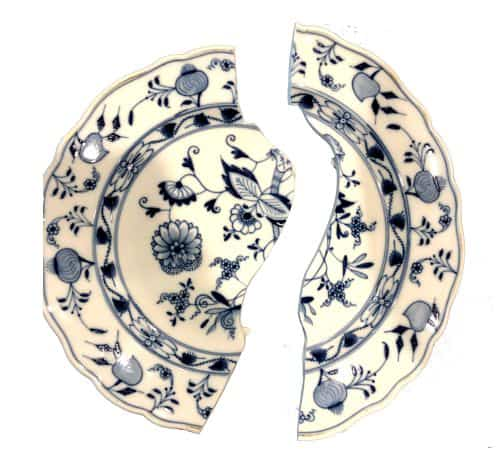 Meissen dinner plate - Blue Onion Pattern