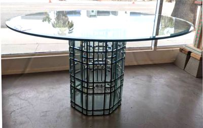 Bevel glass base for table
